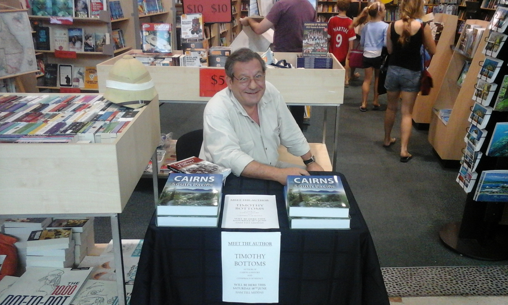 Dr-Timothy-Bottoms-Cairns Books-Book Signing-Cairns Central